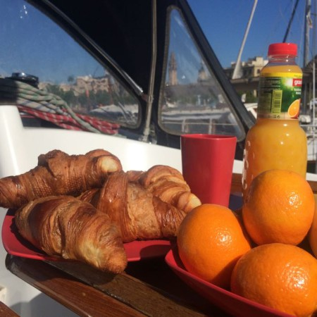Sunrise & Breakfast by Sailing Experience Bcn