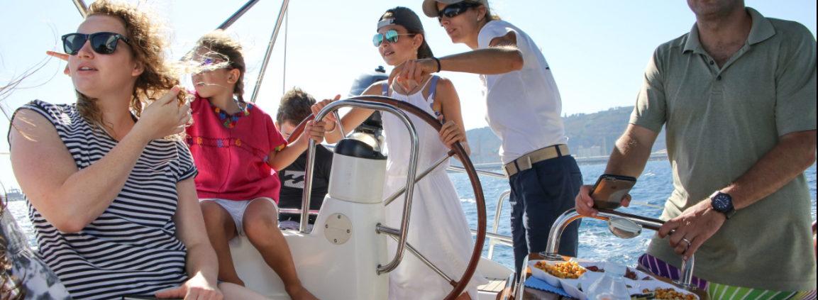 renting boat Barcelona