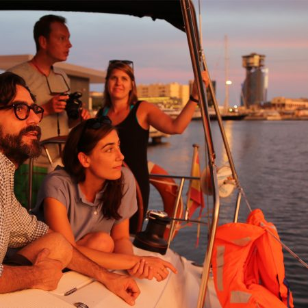 Sunset sailing trips Barcelona
