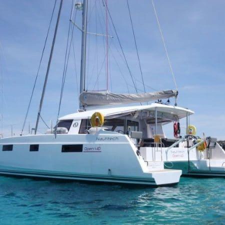 Catamaran tour privado Barcelona 3 horas